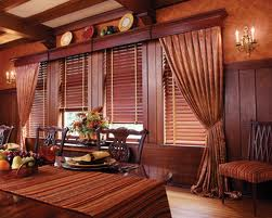 Wooden blinds in felling